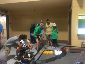 enigma-team-isatopes-stem-day-outreach-driving-robots